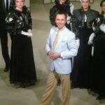 Когда наши женщины стали носить брюки, кто превратил Брежнева в дэнди: тайное закулисье советской моды